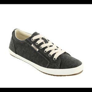 "Taos ""Star"" Sneaker Brand New"